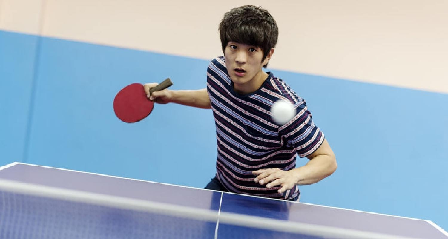 How to hold a ping pong paddle - Penhold Grip